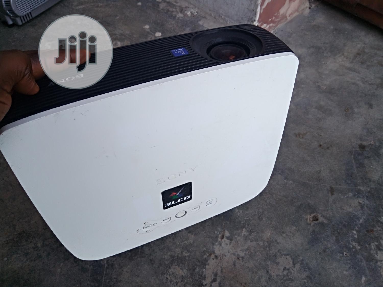 Archive: Super Neat Sony Projector In Nigeria