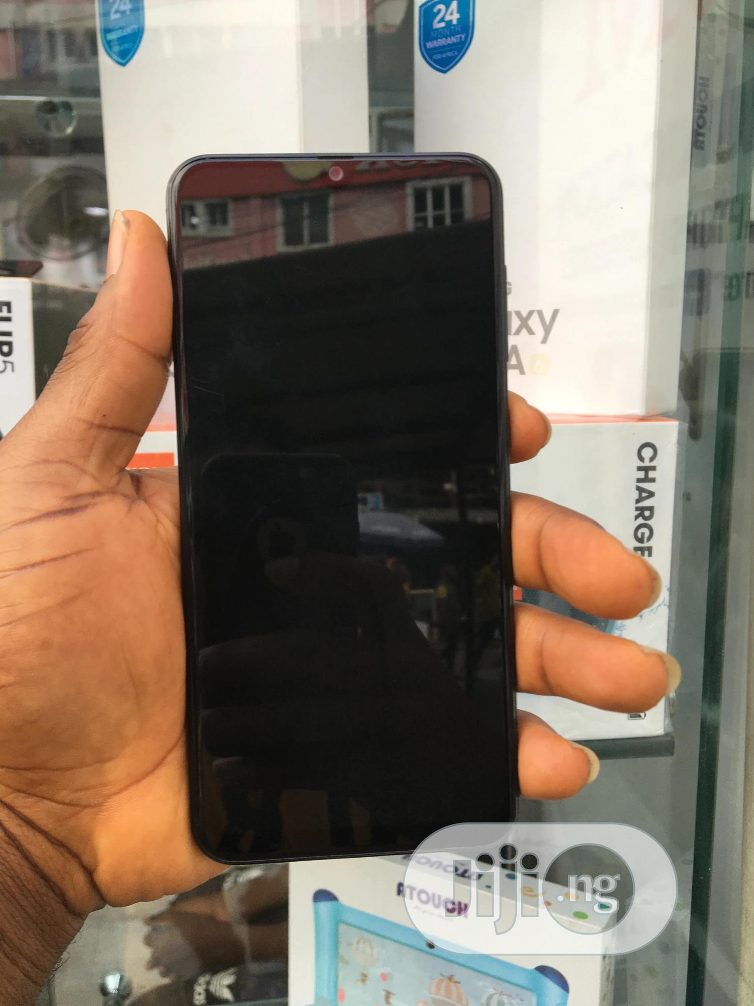 Archive: Samsung Galaxy A30 64 GB Black
