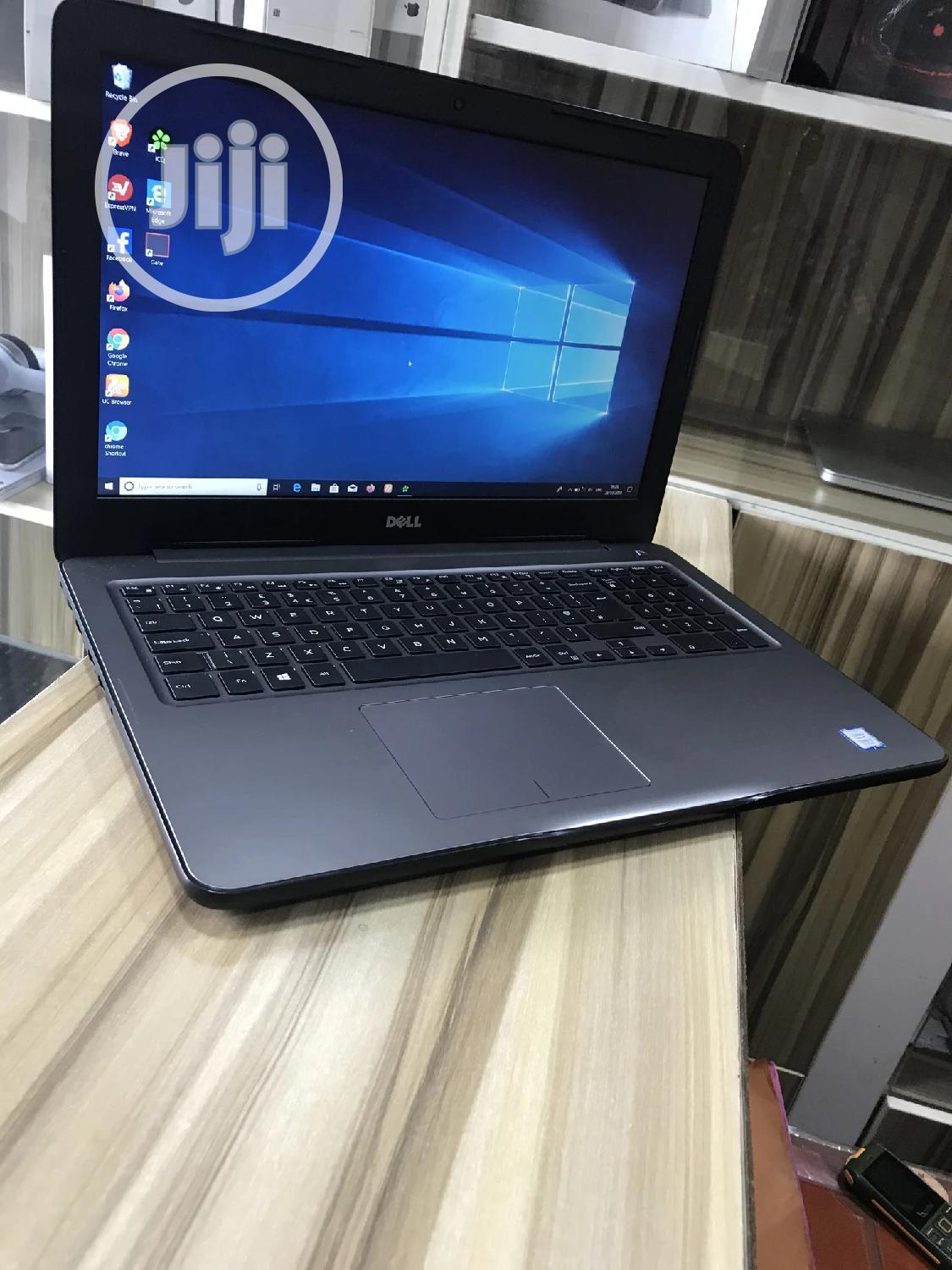Laptop Dell Inspiron 15 5567 8GB Intel Core I5 HDD 1T