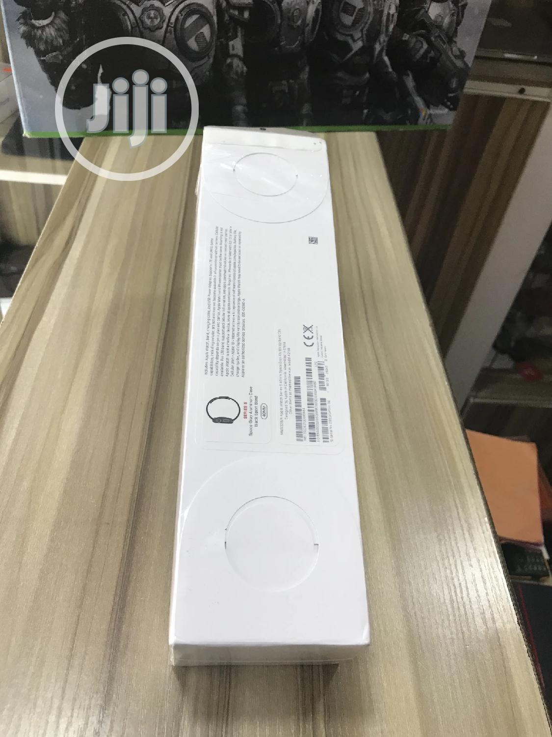 Apple Iwatch Series 5. 40mm | Smart Watches & Trackers for sale in Ikeja, Lagos State, Nigeria