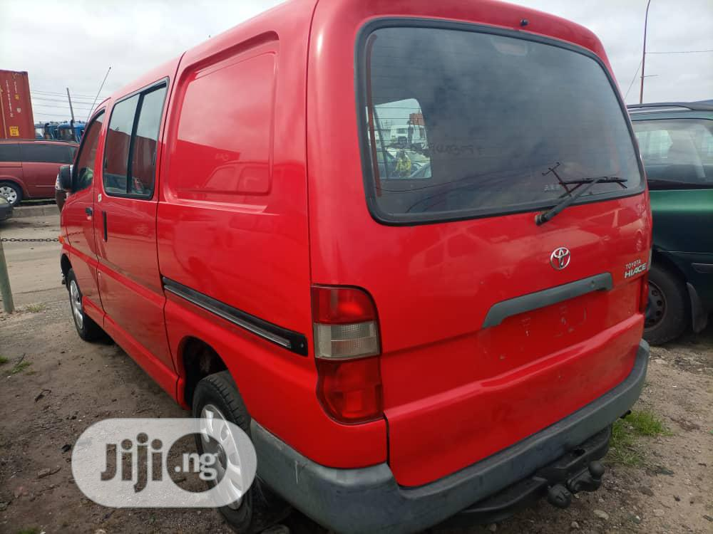 Toyota HiAce 2003 Model Short Container Body | Buses & Microbuses for sale in Apapa, Lagos State, Nigeria