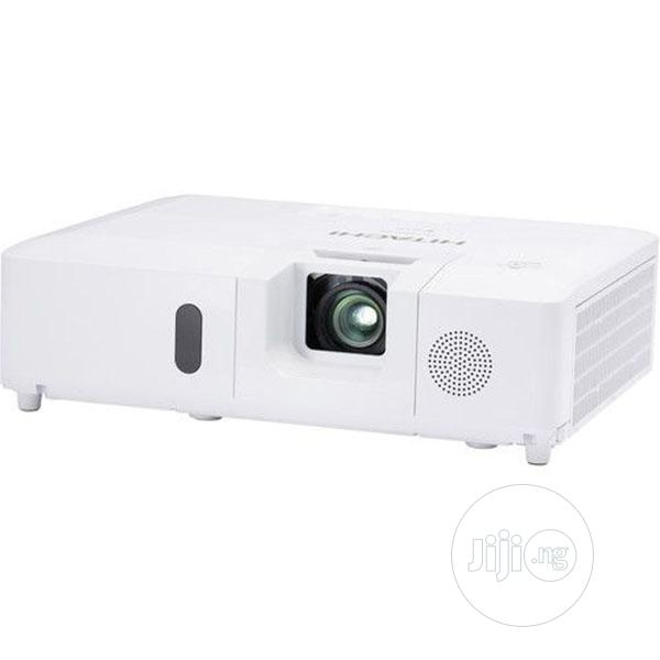 Hitachi CP-EW5001WN 5000-lumen WXGA 3LCD Projector