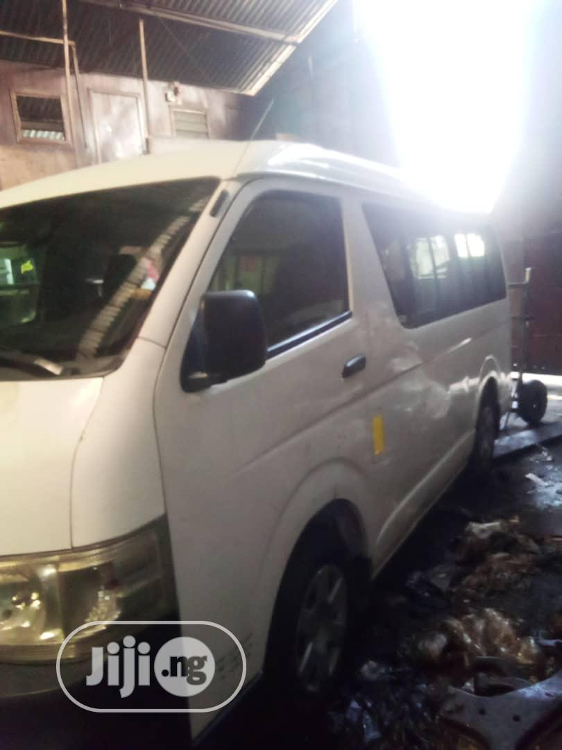 Very Clean Tokunbo Toyota Haice Bus (Hummer 2), Manual