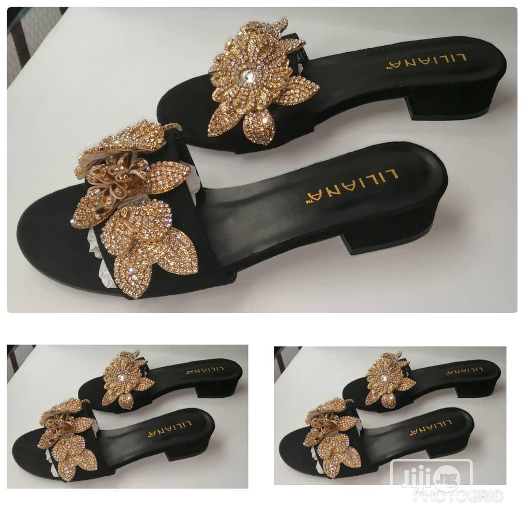 Archive: Female Low Heels