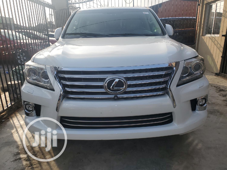 Lexus LX 2015 White