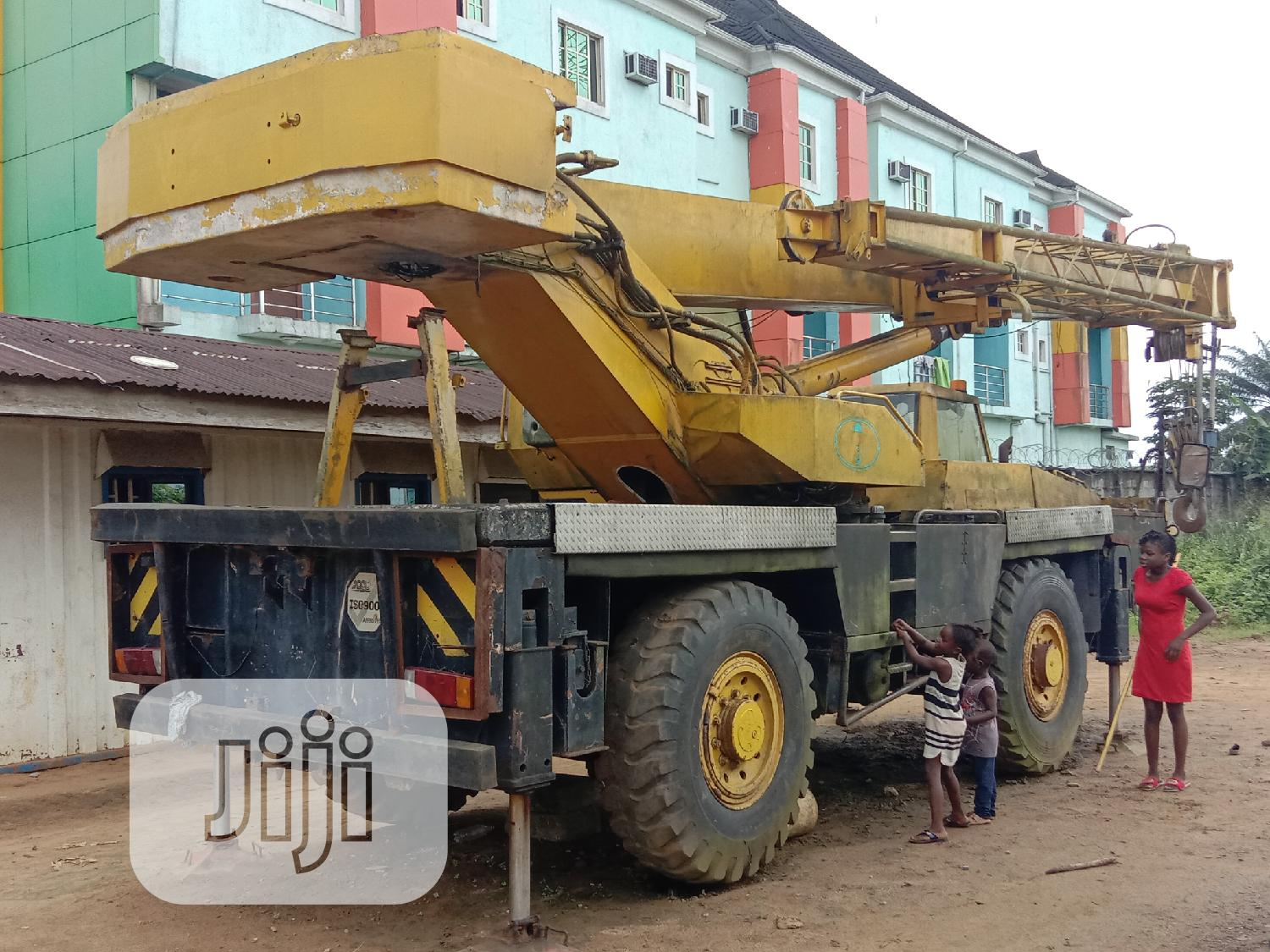 Strong PPM 35tons Motor Crane For Sale In PH.