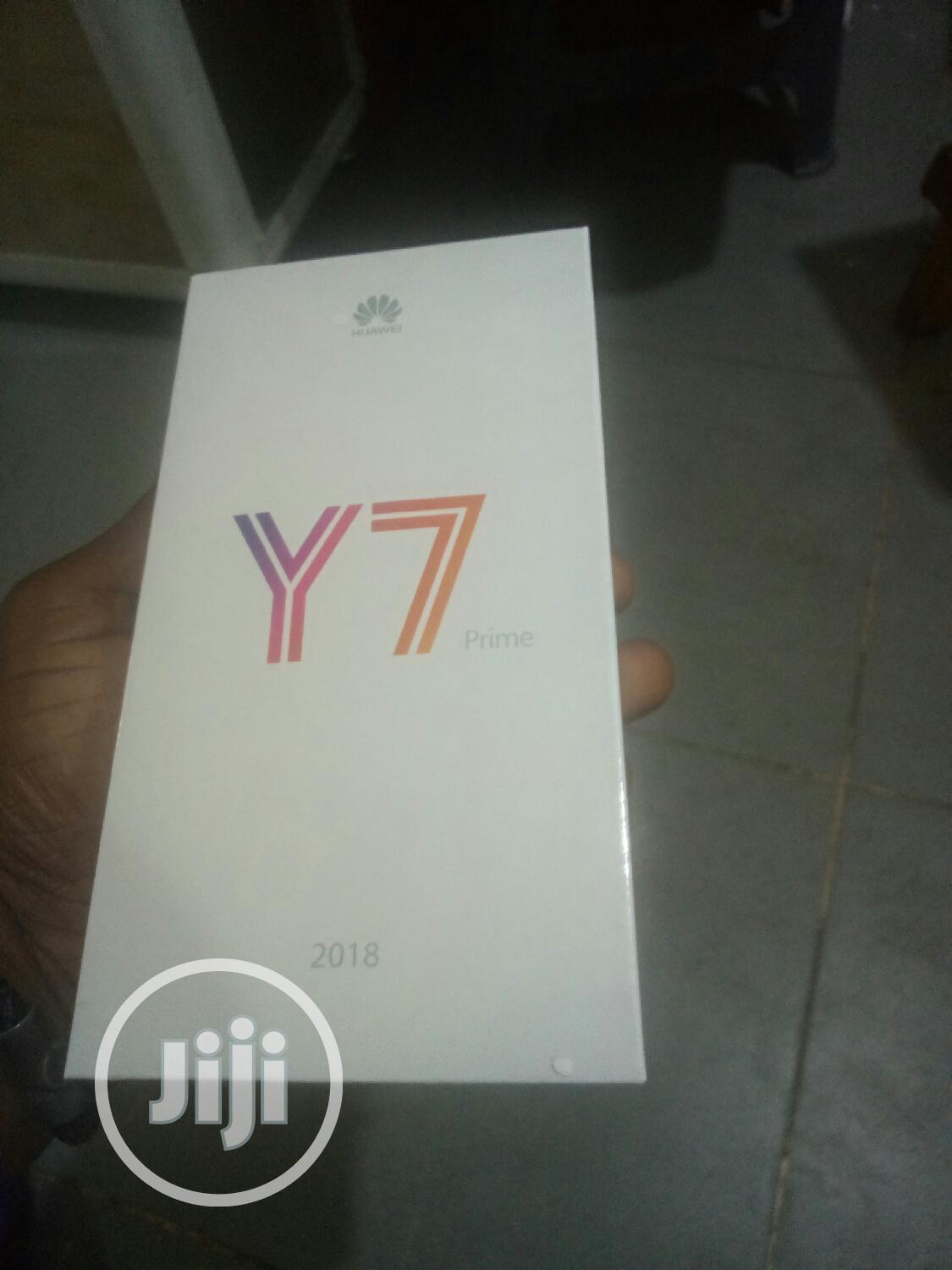 New Huawei Y7 Prime 32 GB Blue