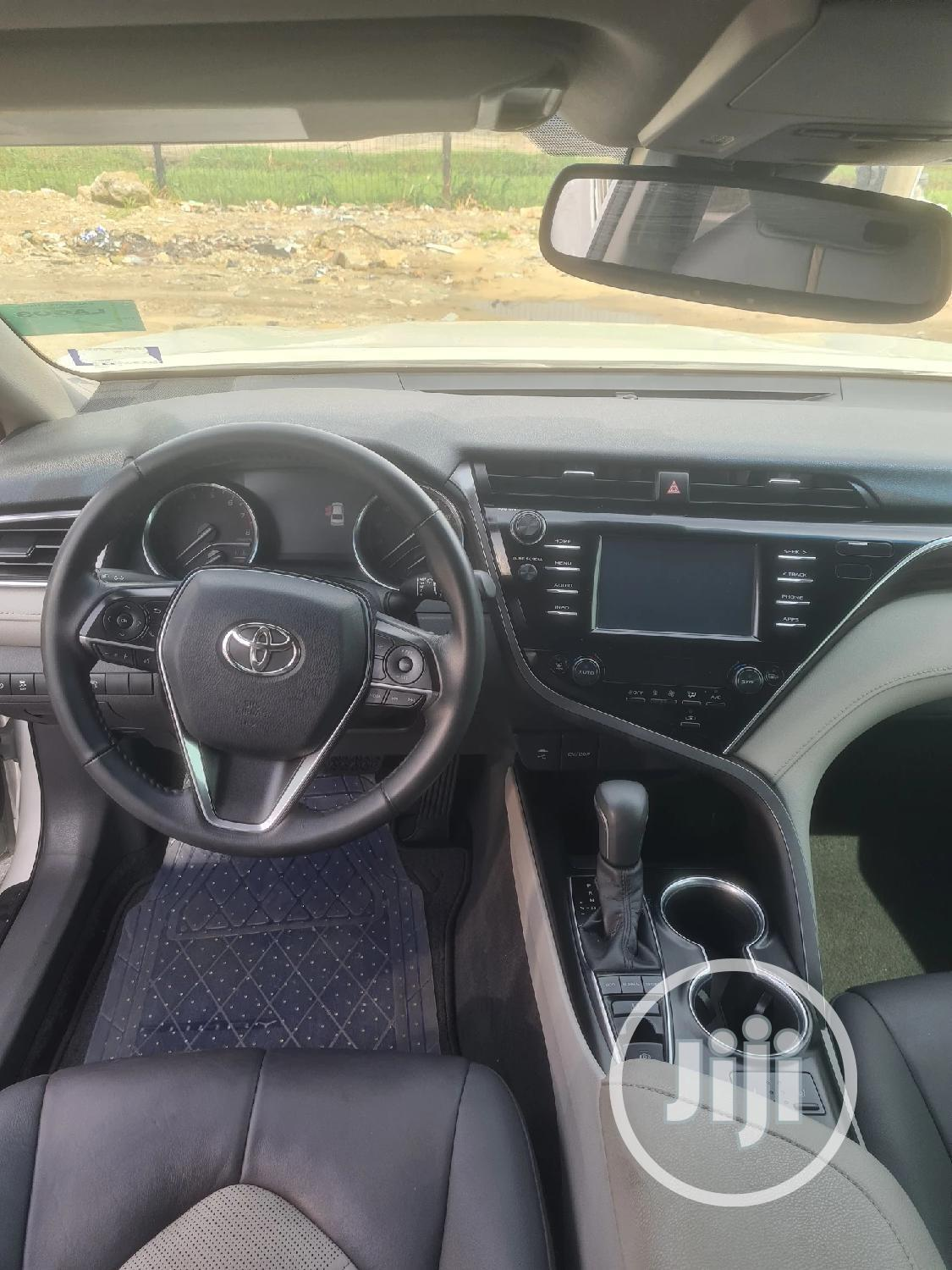 Toyota Camry 2018 White | Cars for sale in Lekki, Lagos State, Nigeria