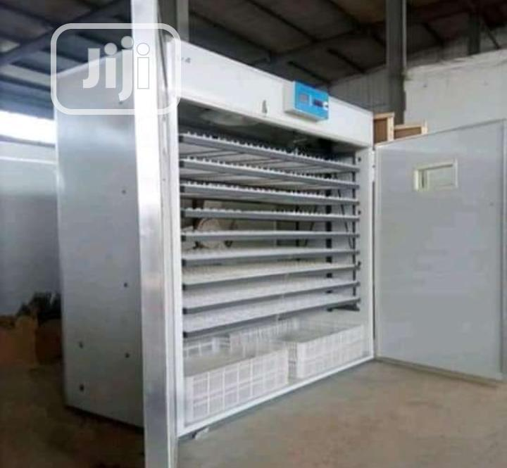 Archive: 5000 Capacity Automatic Incubator