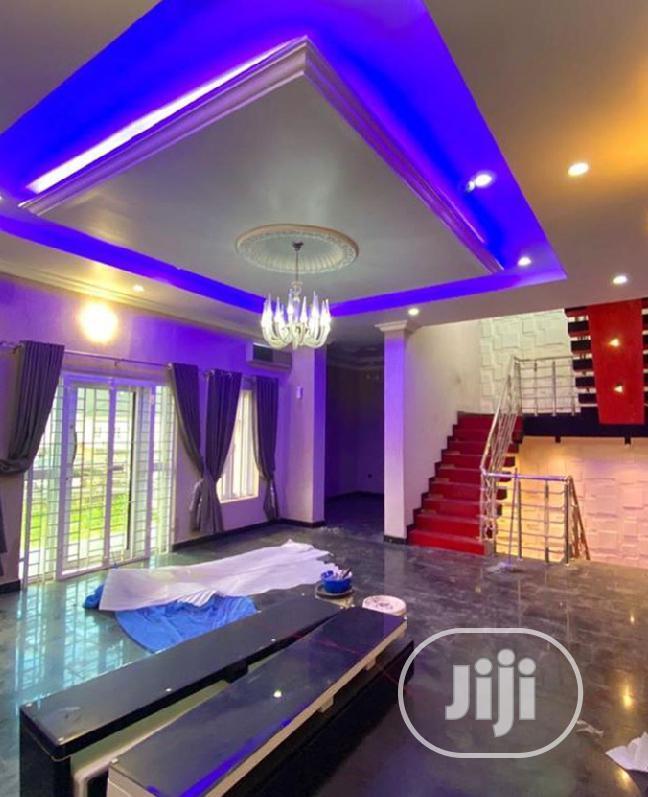 Sale: 9bedroom Detached Duplex + 2BQ In Lekki County Estate
