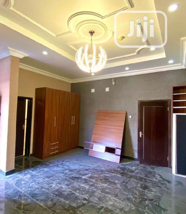 Sale: 9bedroom Detached Duplex + 2BQ In Lekki County Estate   Houses & Apartments For Sale for sale in Ikota, Lekki, Nigeria