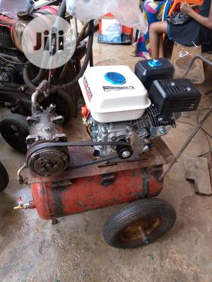 Car Spraying And Tyre Pumping Machine   Vehicle Parts & Accessories for sale in Imo State, Owerri