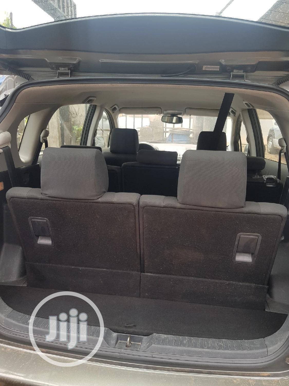 Archive: Toyota Corolla 2005 Verso 1.6 VVT-i Gray