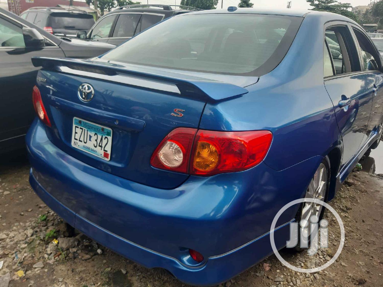Archive: Toyota Corolla 2011 Blue