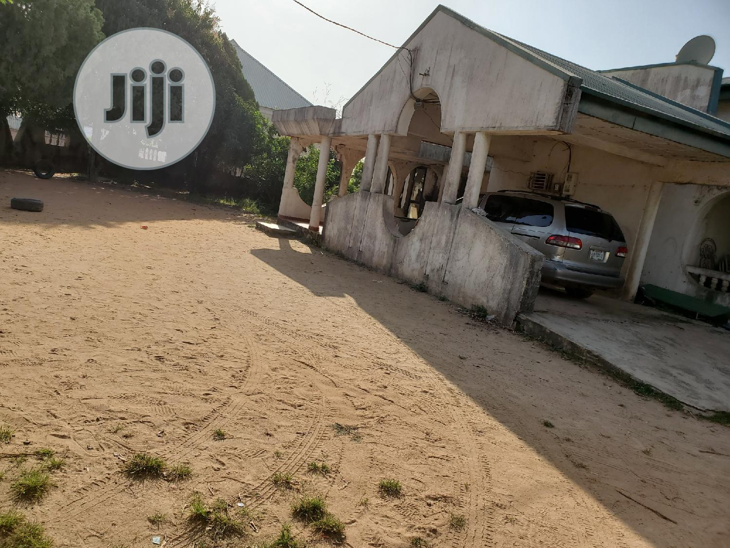 5 Bedroom Bungalow & Guest Charlet On 1800sqm In Main Kubwa | Houses & Apartments For Sale for sale in Kubwa, Abuja (FCT) State, Nigeria