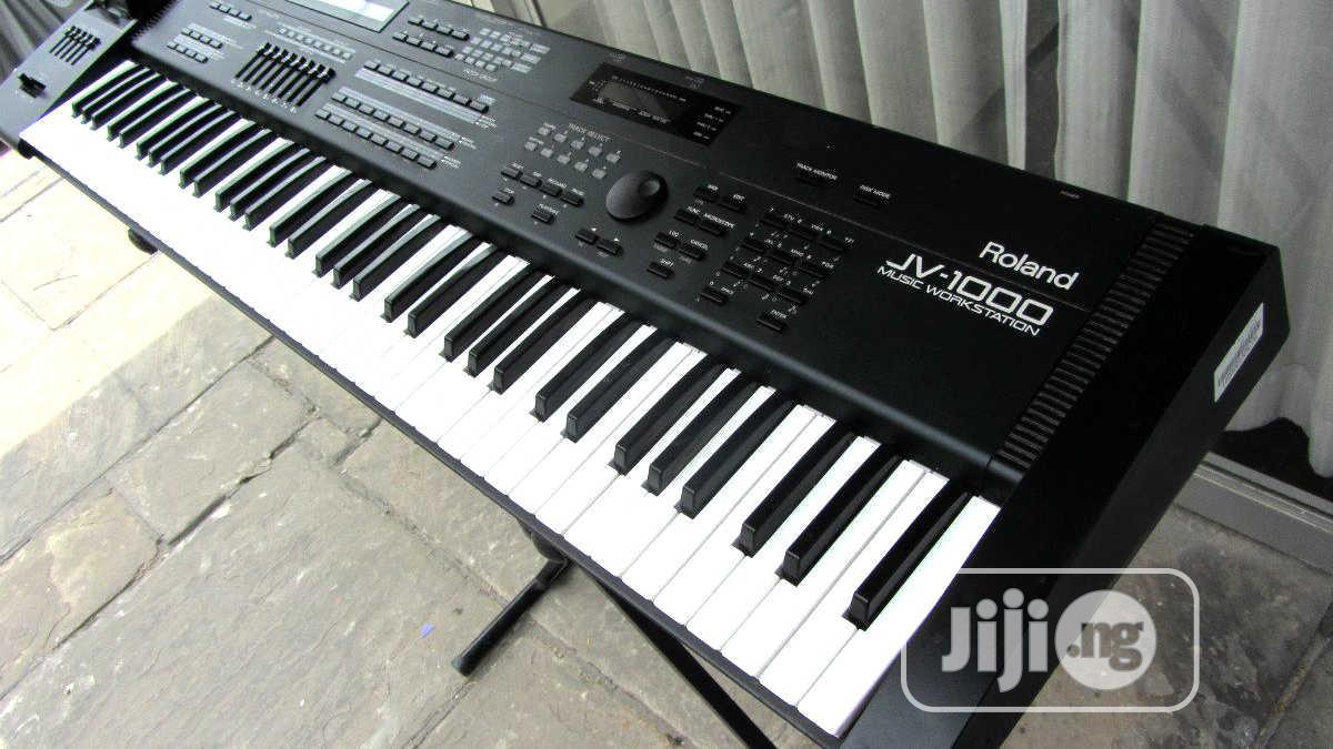 Uk Used Roland Jv 1000 Synthesizer Workstation Keyboard