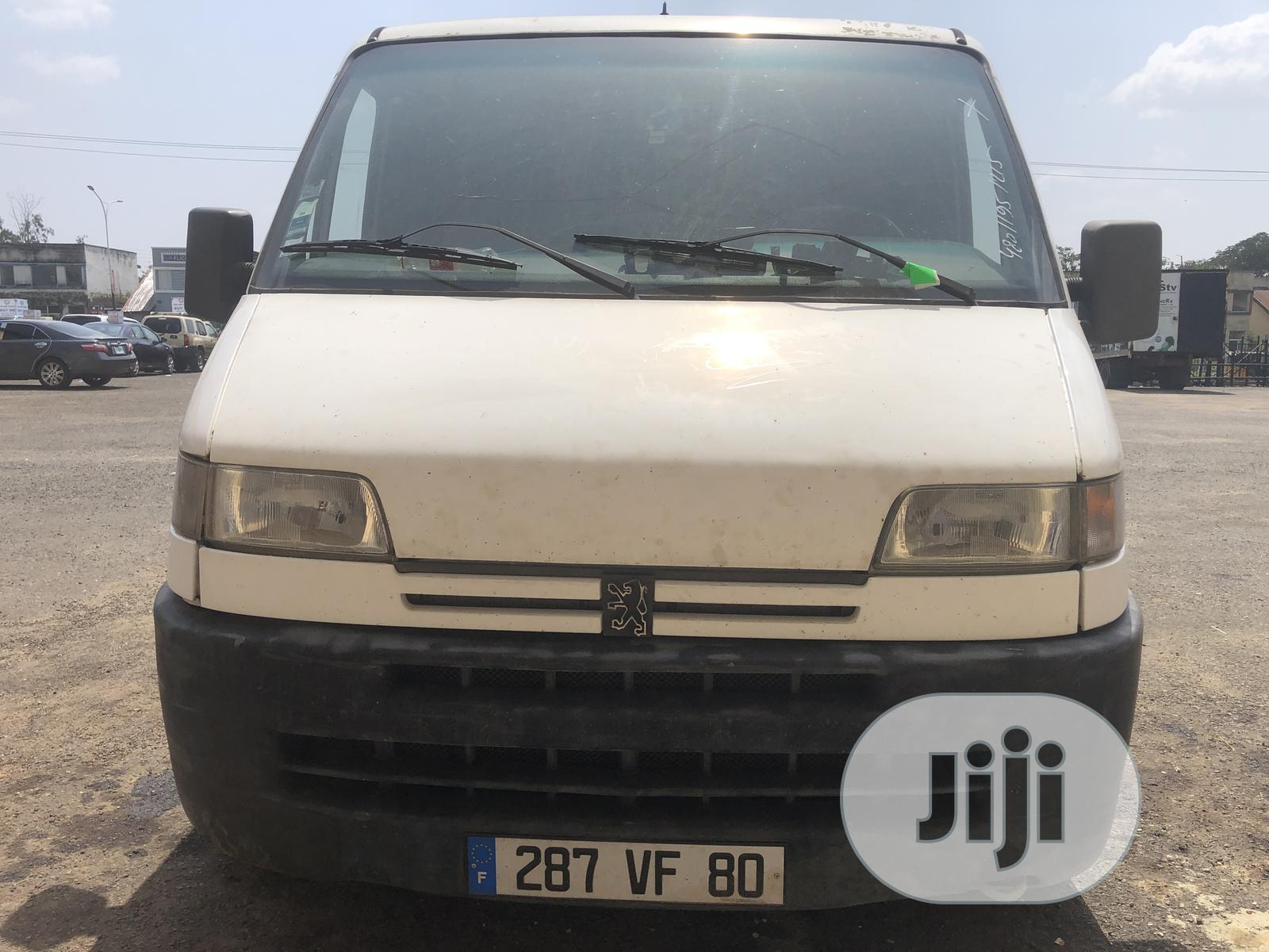 Tokunbo Peugeot Boxer With DIESEL Engine And Custom Paper