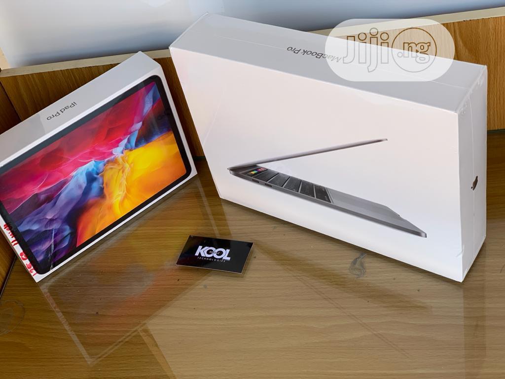 Archive: Laptop Apple MacBook Air 8GB Intel Core i7 SSD 512GB
