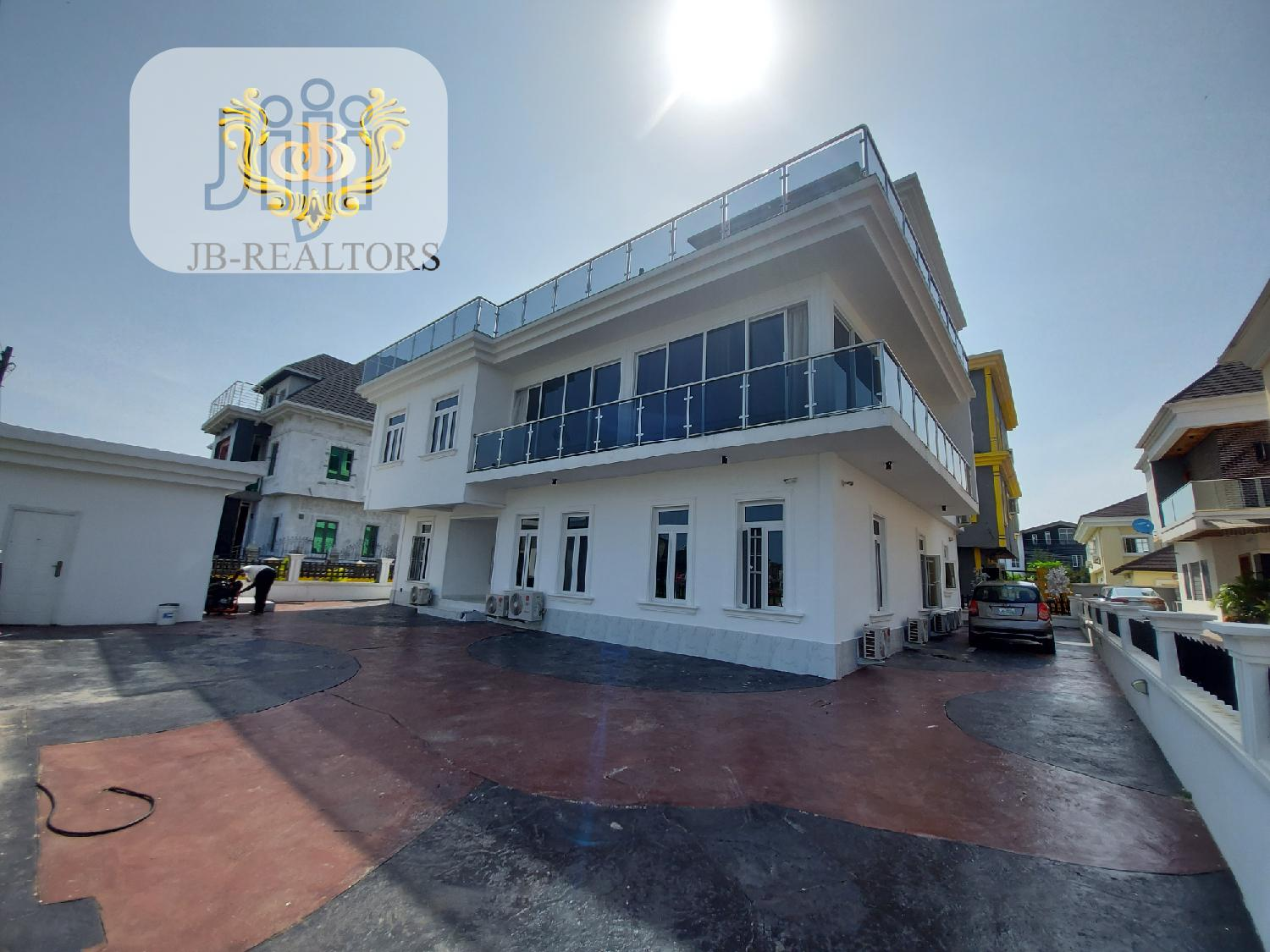 Brand New Fully Furnished 5bedroom Contemporary House+CINEMA
