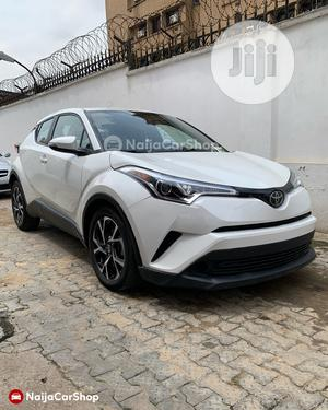 Toyota C-Hr 2019 XLE FWD White | Cars for sale in Lagos State, Ikeja
