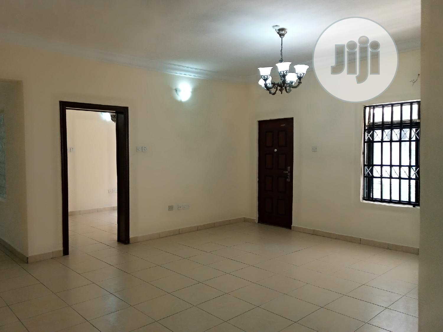 Serviced 3 Bedroom Flat With A Room B.Q Located In Oniru Est | Houses & Apartments For Rent for sale in Victoria Island, Lagos State, Nigeria
