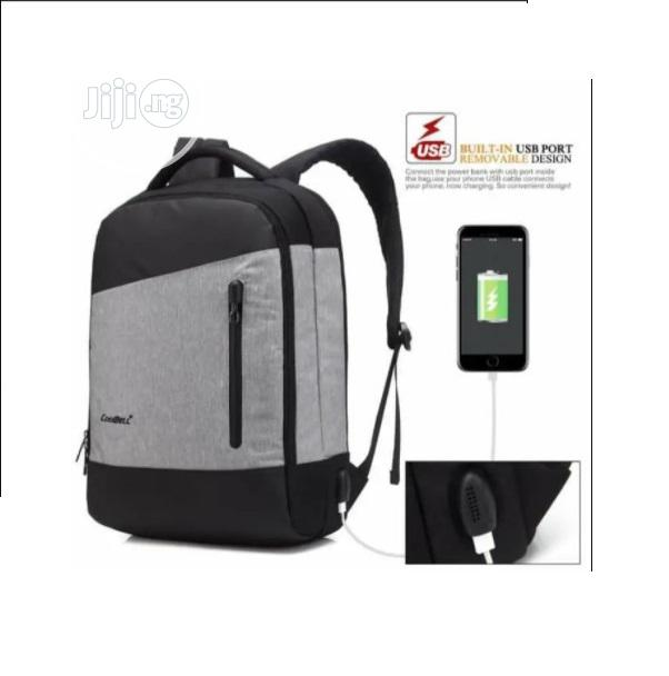 Anti Theft Travel Bags Backpack With USB Port O15