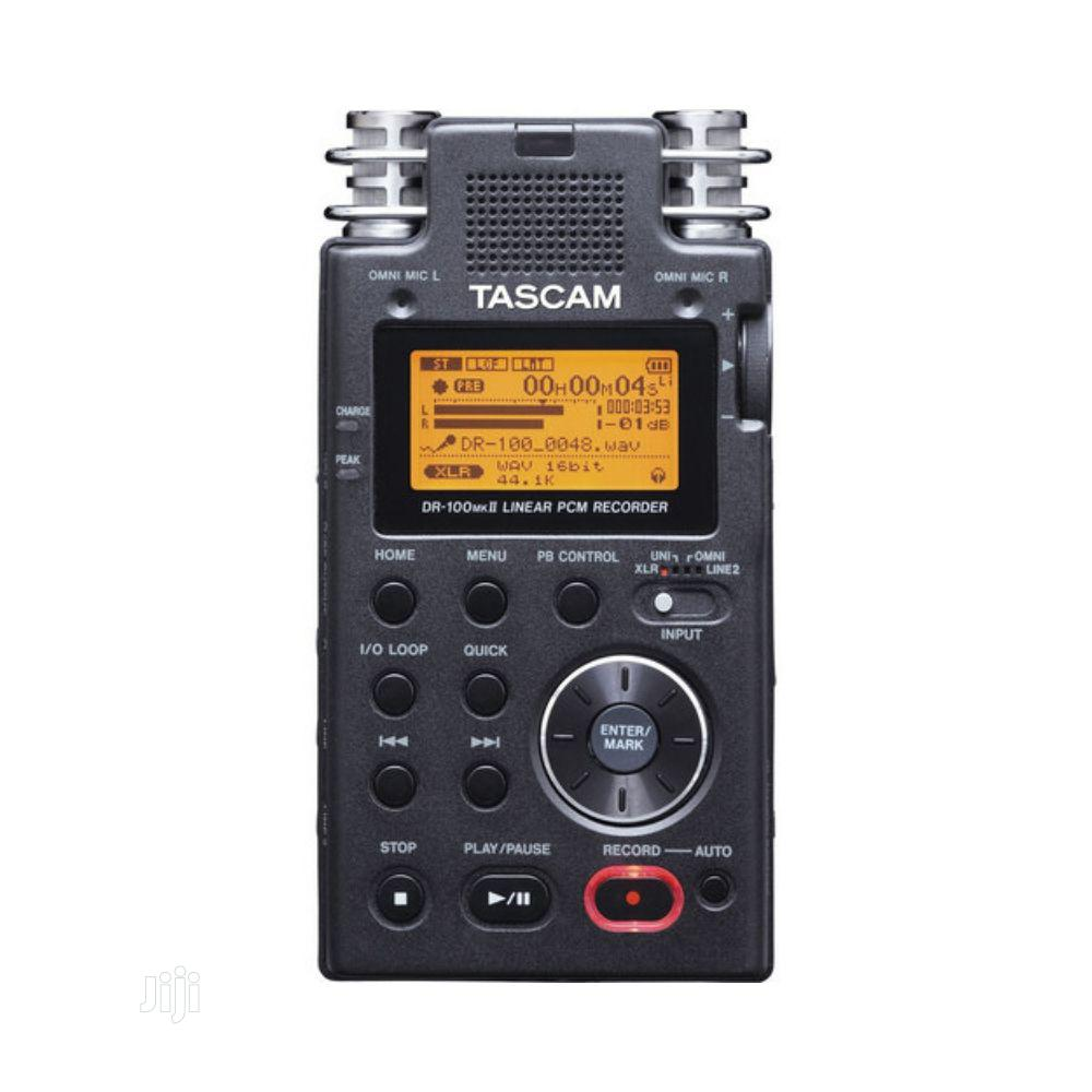 Tascam Dr-100mkii – Portable 2-channel Linear PCM Recorder