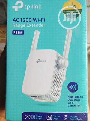 Tp Link Wifi Range Extender AC1200. | Networking Products for sale in Lagos State, Surulere