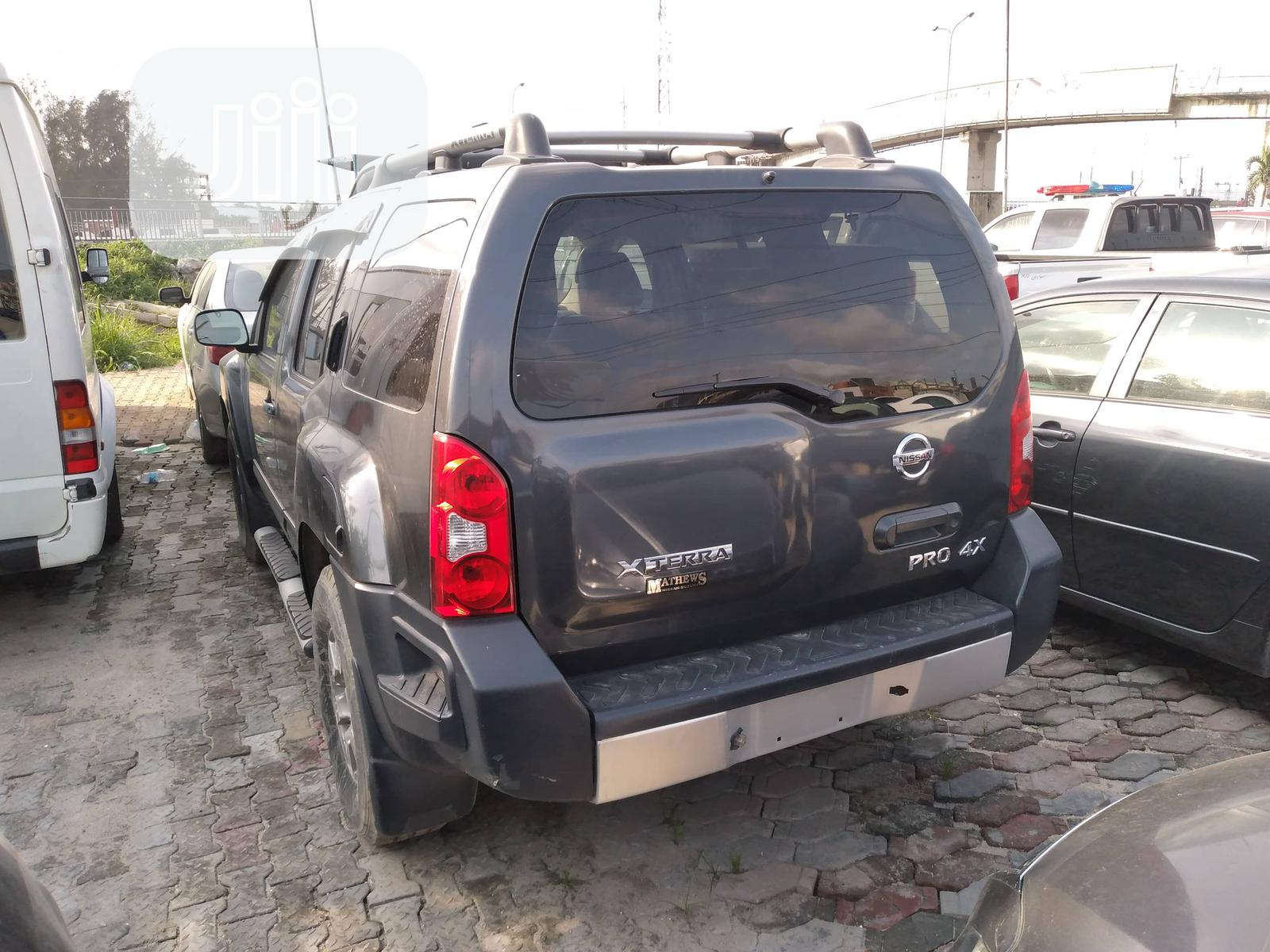 Archive: Nissan Xterra 2011 Pro-4X Automatic Gray