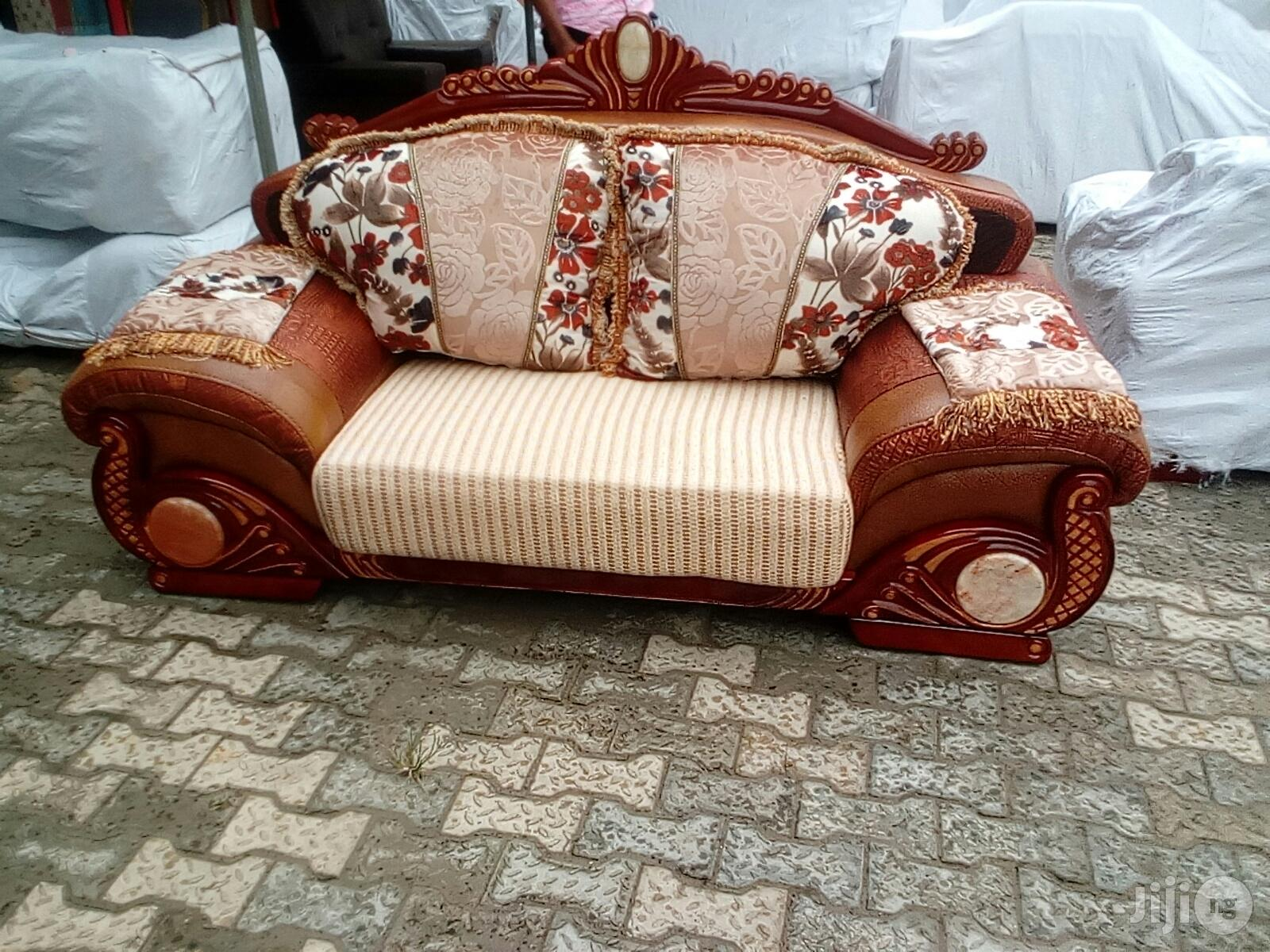 Royal Fabric and Leather Sofa Model Aw9191
