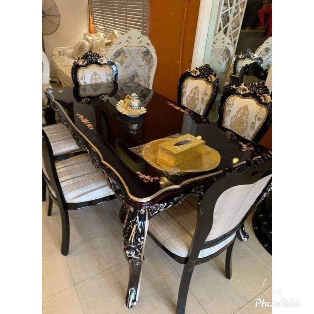 Wooden Royal Dinning Table