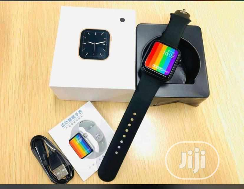 Smartwatch Series 6. 20k Comes With an Extra Strap | Smart Watches & Trackers for sale in Ilorin West, Kwara State, Nigeria
