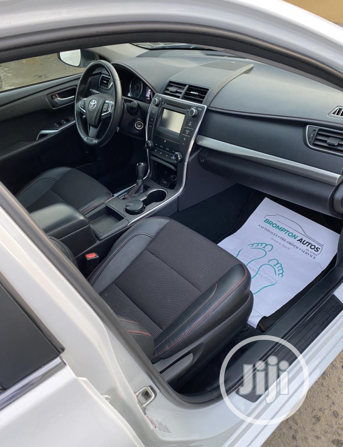 Toyota Camry 2017 White   Cars for sale in Lekki, Lagos State, Nigeria