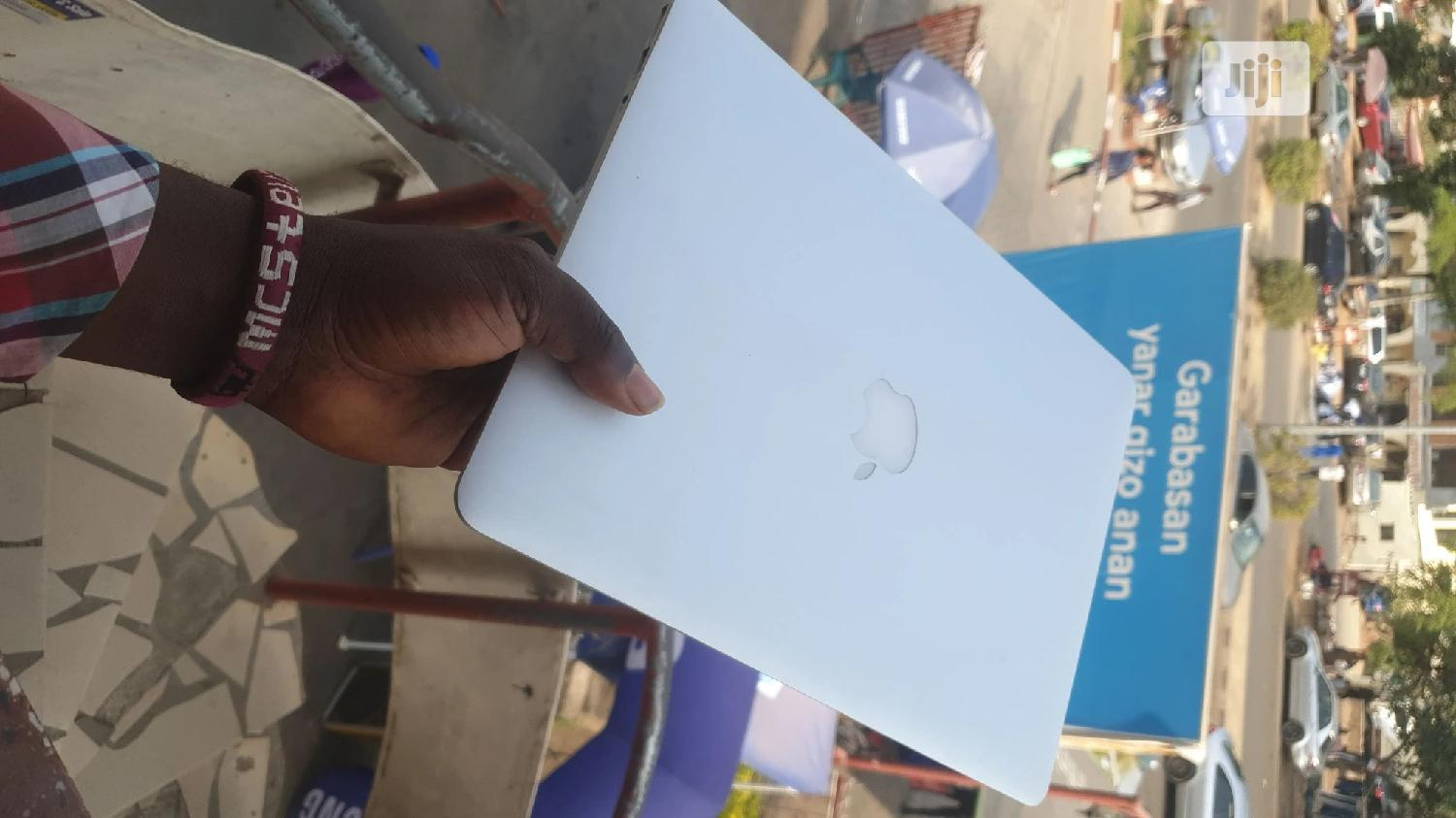 Laptop Apple MacBook Air 4GB Intel Core I5 SSD 256GB | Laptops & Computers for sale in Wuse 2, Abuja (FCT) State, Nigeria