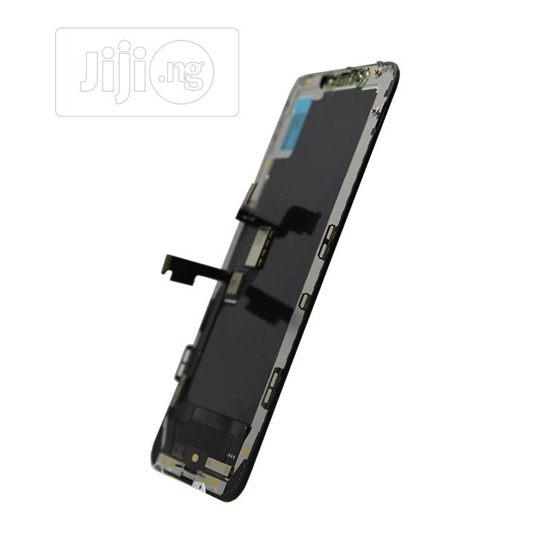 Archive: iPhone XS Max Screen Replacement