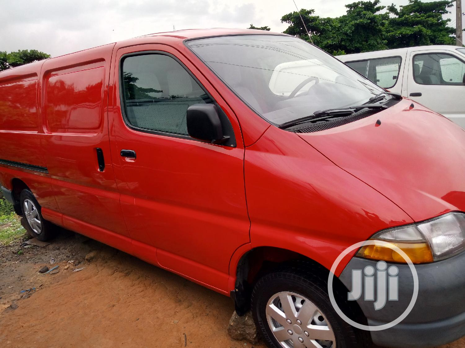 Toyota Hiace Bus Long Container Body | Buses & Microbuses for sale in Apapa, Lagos State, Nigeria