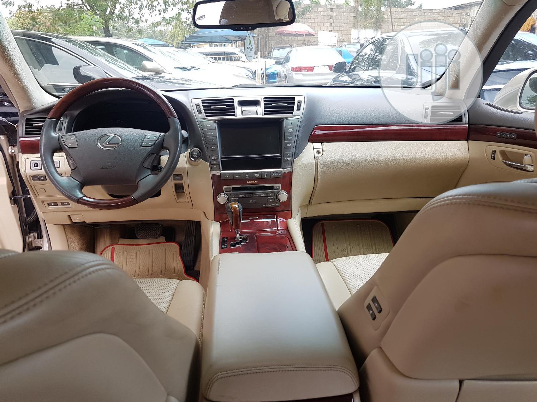 Archive: Lexus LS 2010 460 L Gold