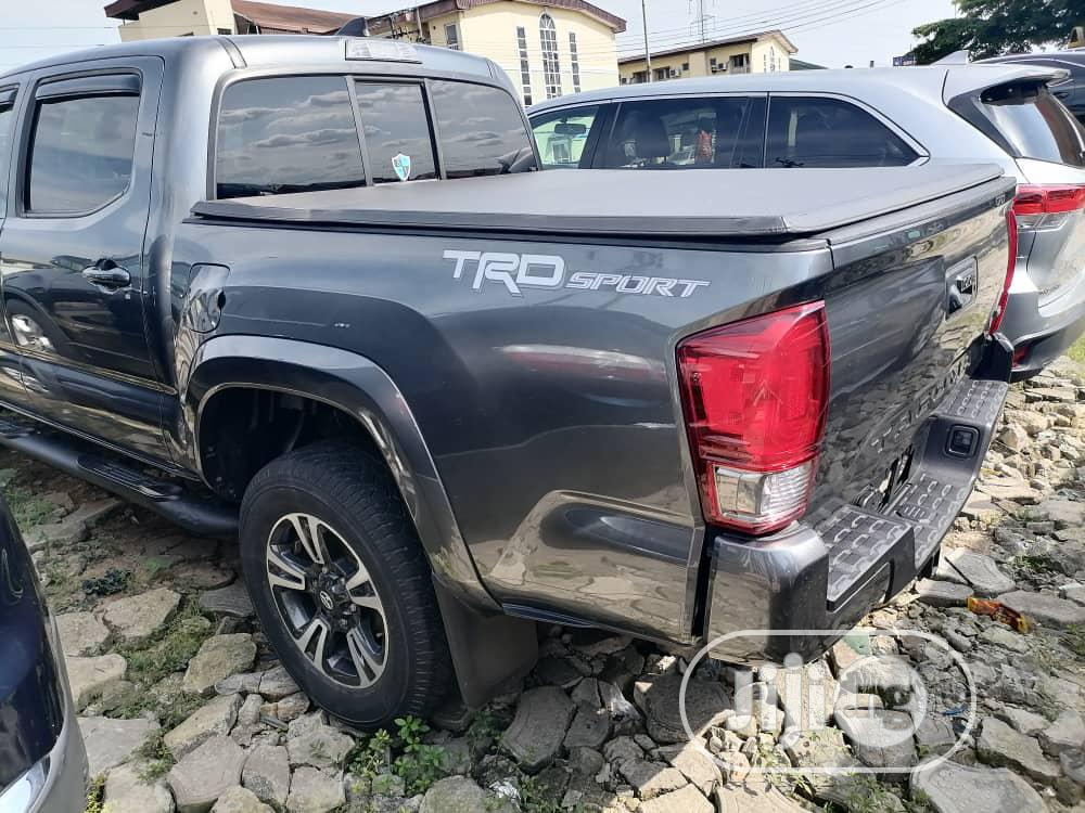 Toyota Tacoma 2016 4dr Double Cab Gray | Cars for sale in Port-Harcourt, Rivers State, Nigeria