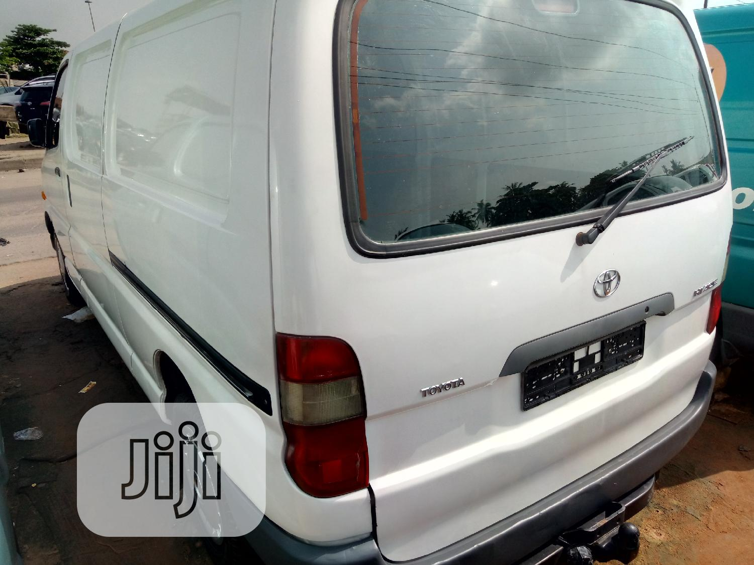 Toyota Hiace Long Container 2007 Model | Buses & Microbuses for sale in Apapa, Lagos State, Nigeria