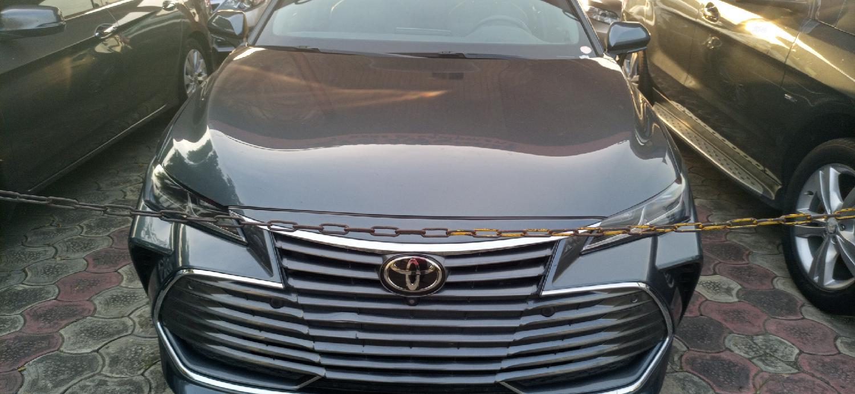 Toyota Avalon 2019 Gray