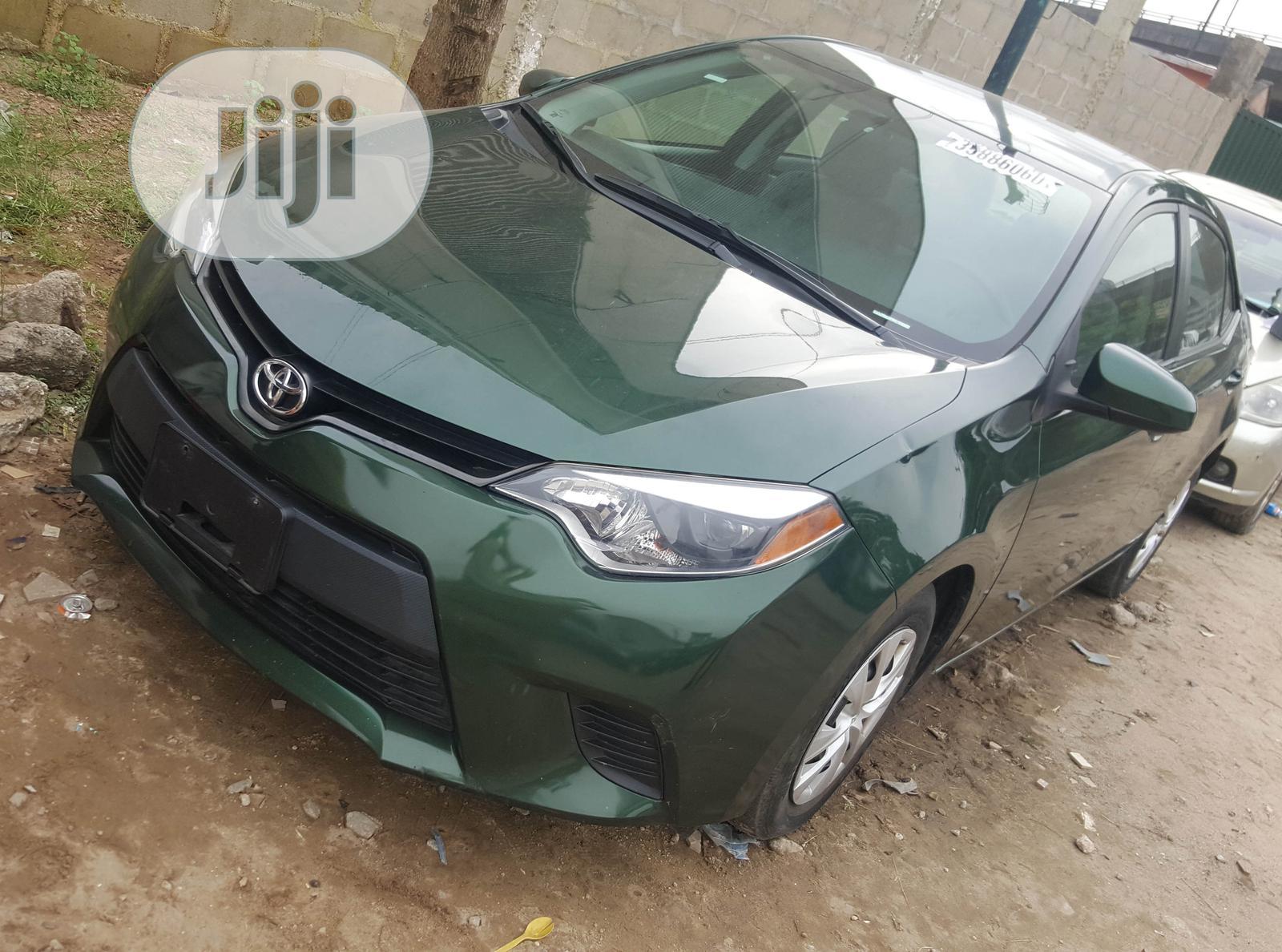 Toyota Corolla 2014 Green