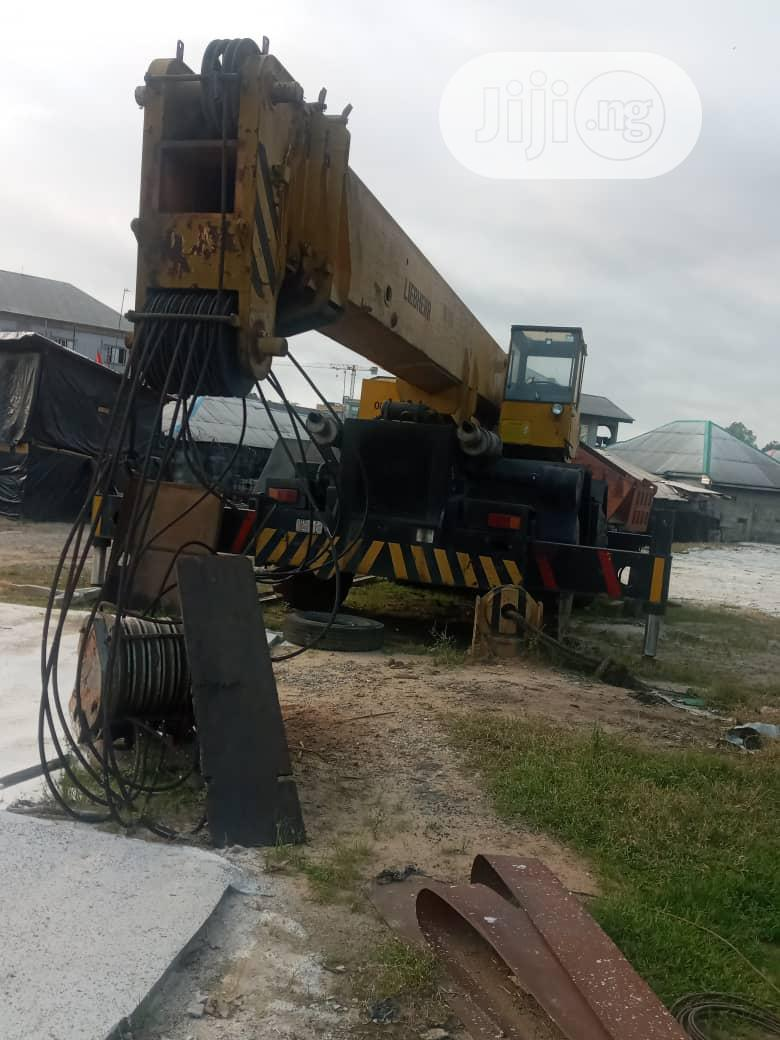 4 X 4 80tons Crane In Port-harcourt For Sale