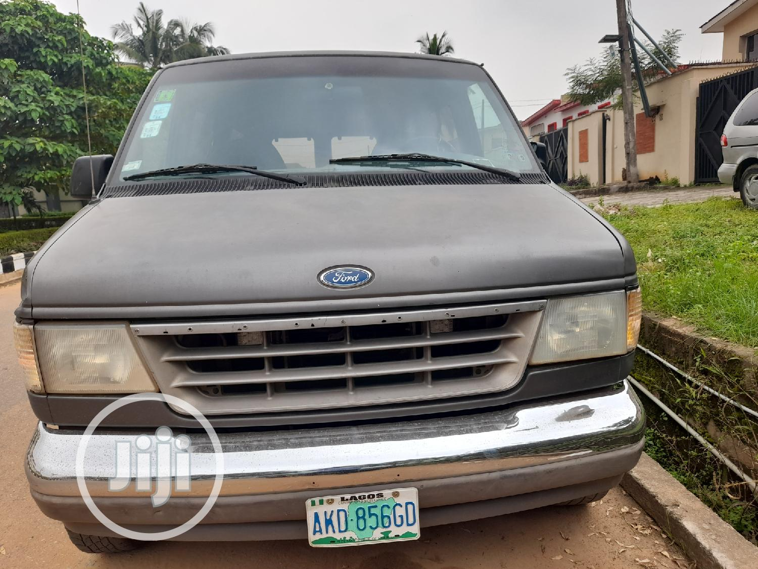 Ford Club Wagon Transit Bus 2002   Buses & Microbuses for sale in Ojodu, Lagos State, Nigeria