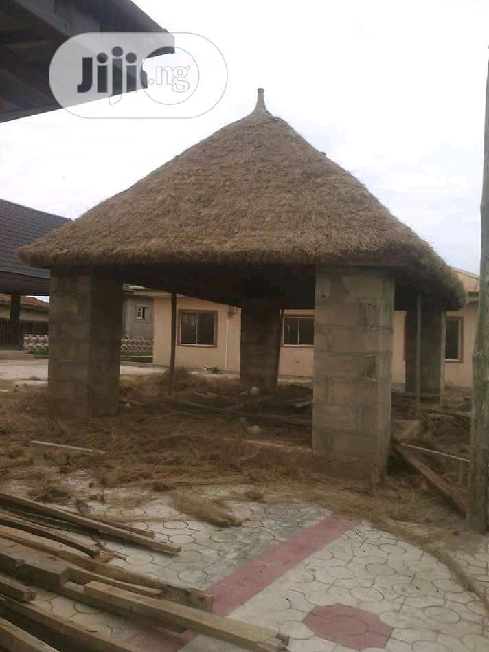 Everlasting Gazebo Bush Bar Hut