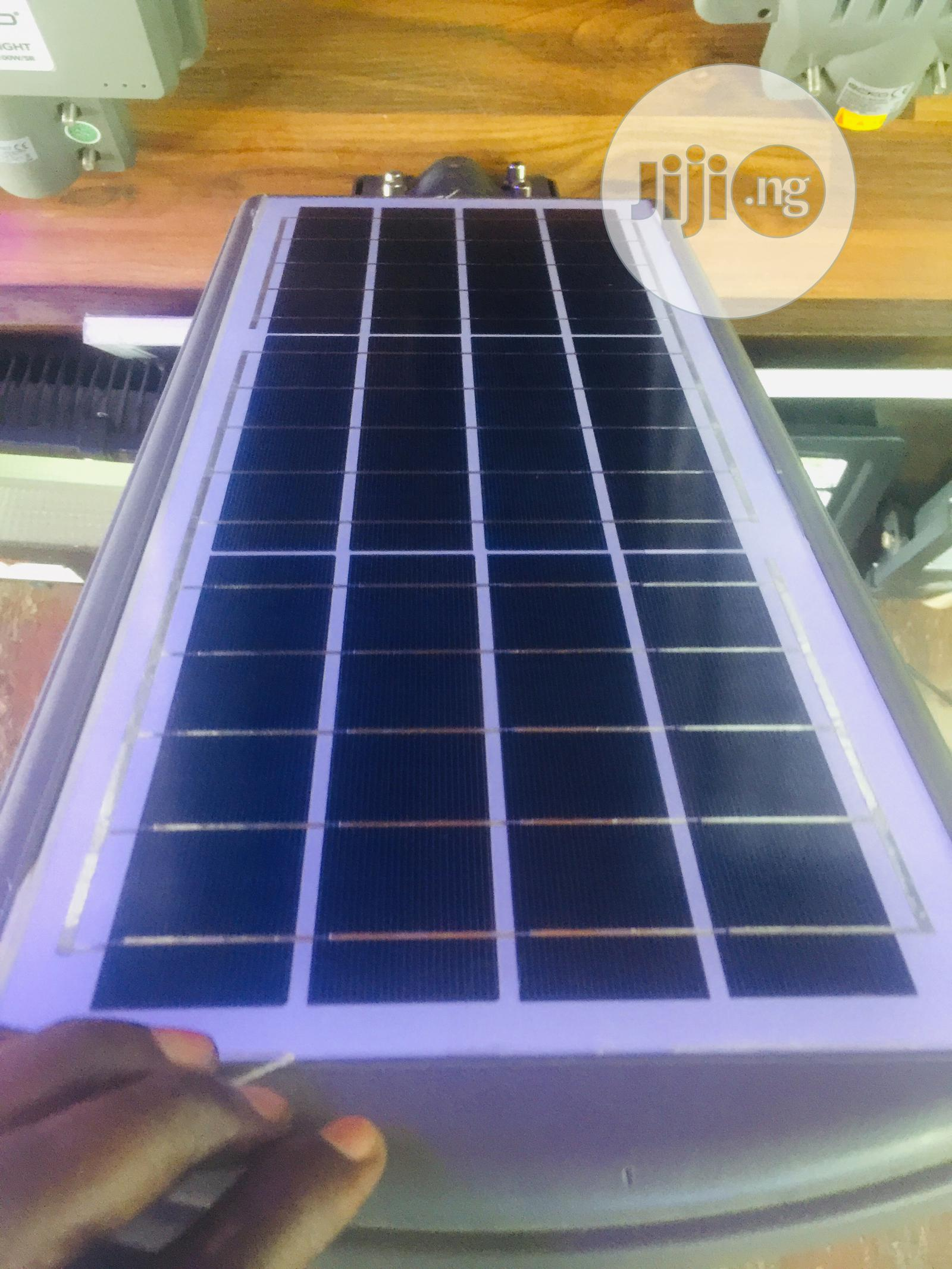 Archive: Solar Street Light 150watts Very Bright