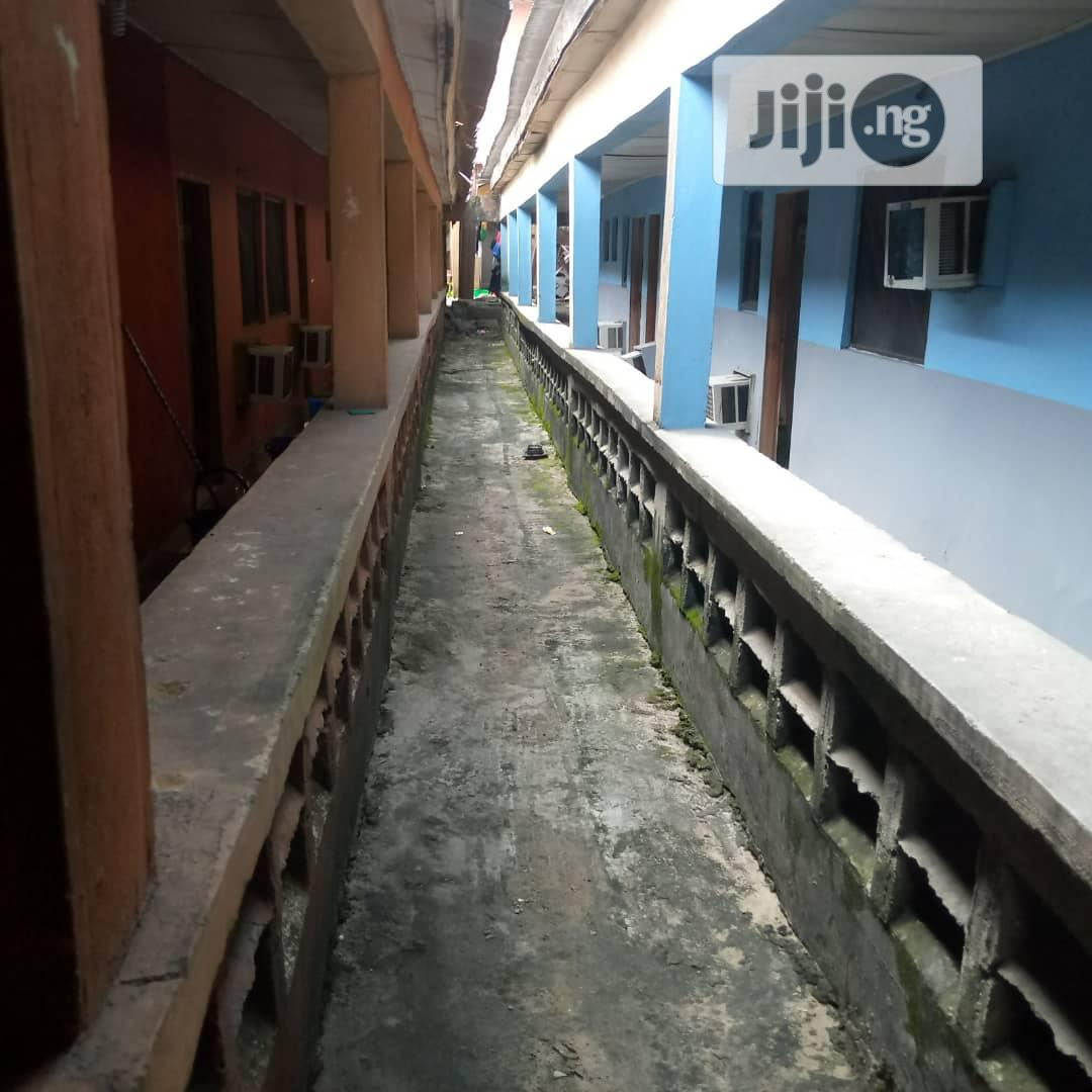 Archive: 20 Rooms Hotel For Sale At Effurun, Delta State