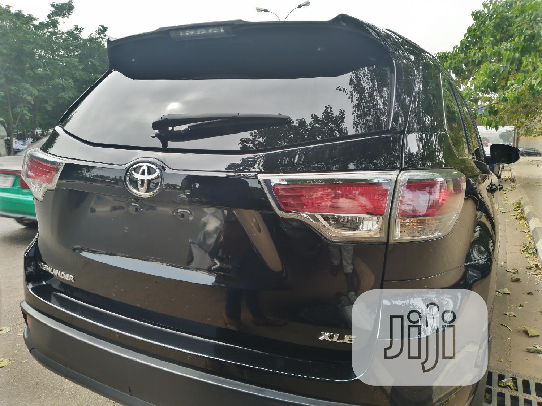 Archive: Toyota Highlander 2015 Black