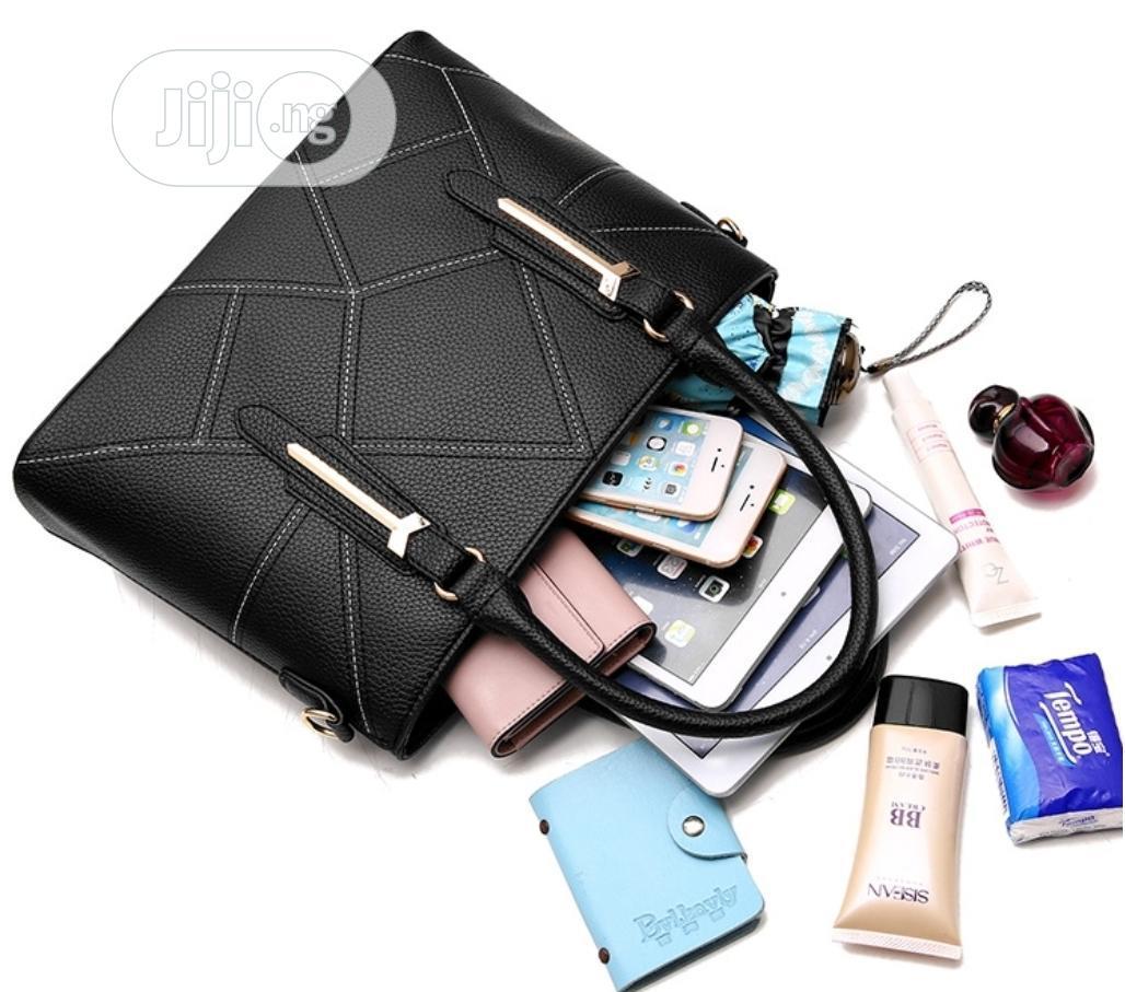 Women Hot Sale Geometric Pattern Handbag | Bags for sale in Lekki, Lagos State, Nigeria