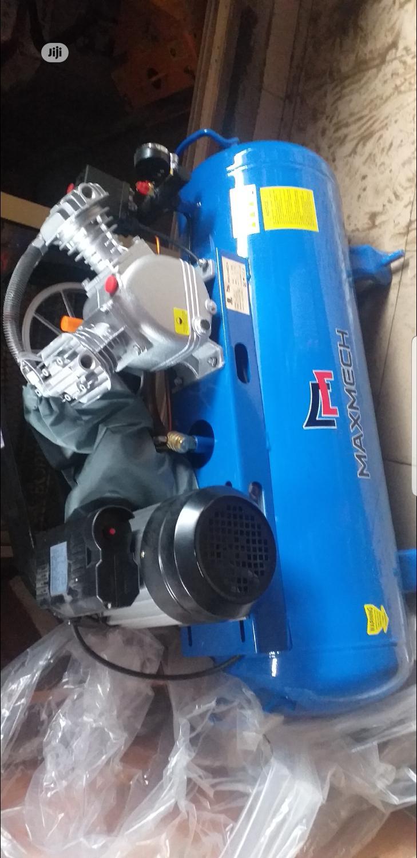 Piston Air Compressor 100liters, 3hp