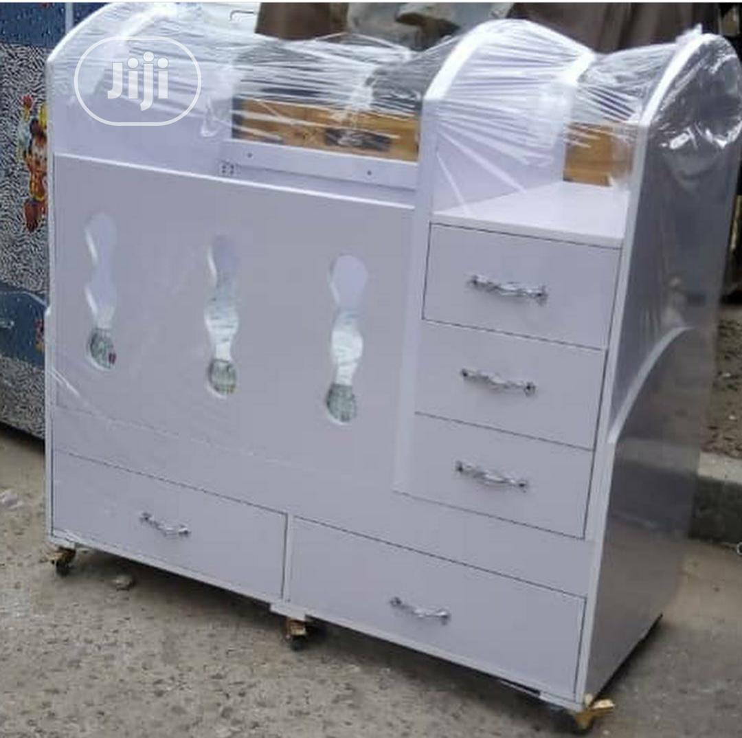 Baby Crib With Drawer